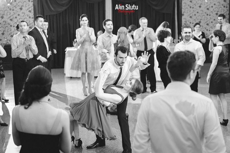 dans petrecere nunta constanta