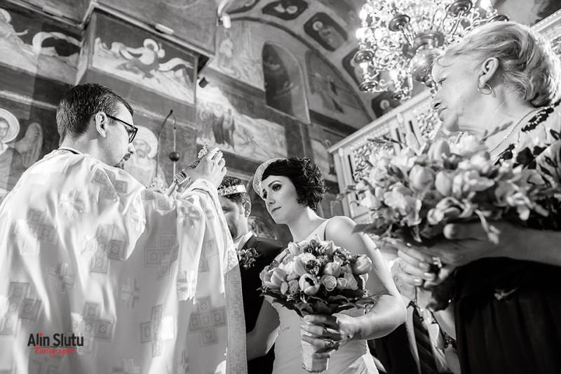fotografie mireasa biserica bucuresti